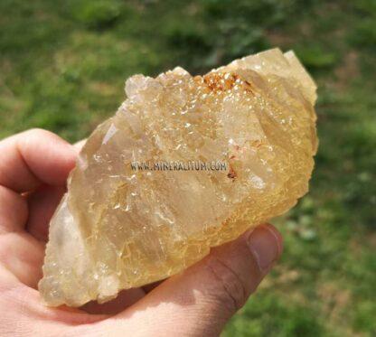 Calcita-amarilla-escalenoedro-m000060-d
