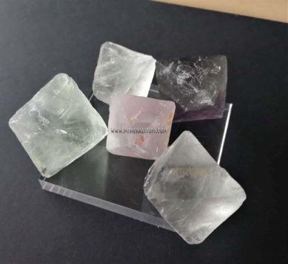 Fluorita-octaedro-China