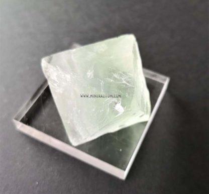 Fluorita-octaedro