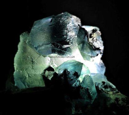 fluorita-verde-china-luz-blanca-m000004-b