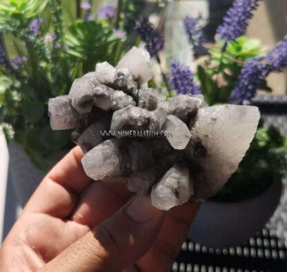 Calcita-blanca-gris-m000116-g