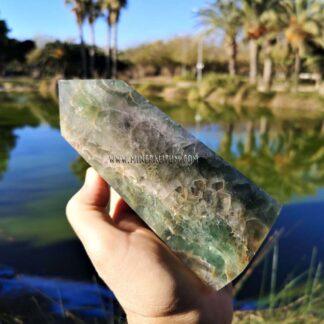 fluorita-verde-totem-m000145-c